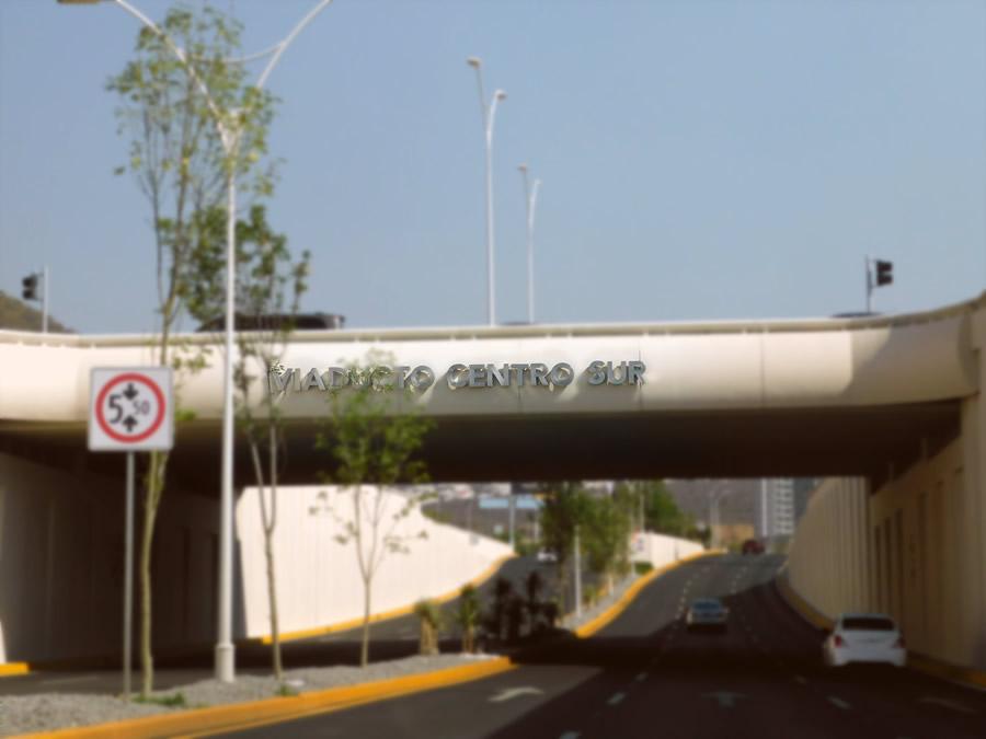 Viaducto Centro Sur - Diseño y fabricación de letrero